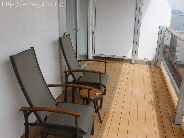 ウエステルダムの客室のベランダ