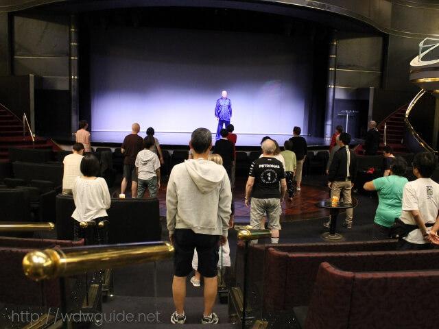 ウエステルダムのメインステージで行われた太極拳レッスン