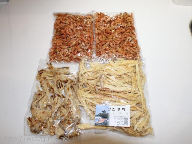 韓国の済州島にある東門在来市場で買った乾物