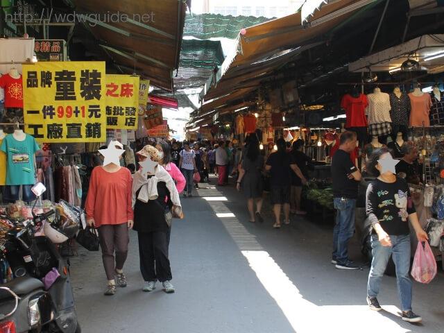 花蓮市内の市場