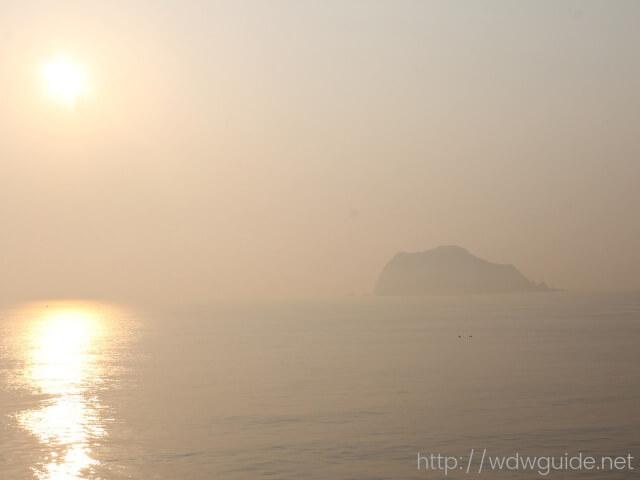 ウエステルダムから見た朝の海