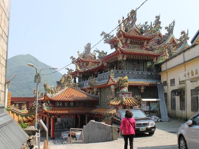 九份の賢崎路を登りきった先にあるお寺