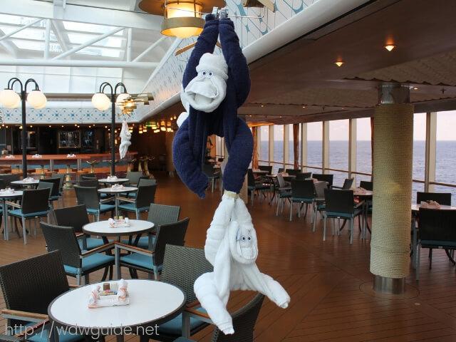 ウエステルダムのタオルで作られた猿