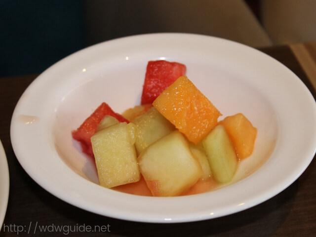 ウエステルダムのリドで食べた朝食のフルーツ