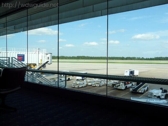 経由地のニューヨークJFKの空港