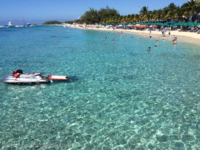 西カリブ海に浮かぶグランドタークの海