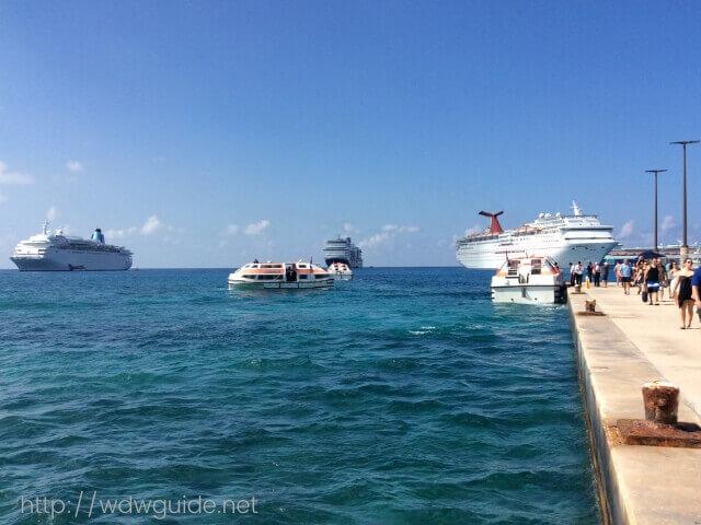 西カリブ海のグランドケイマン