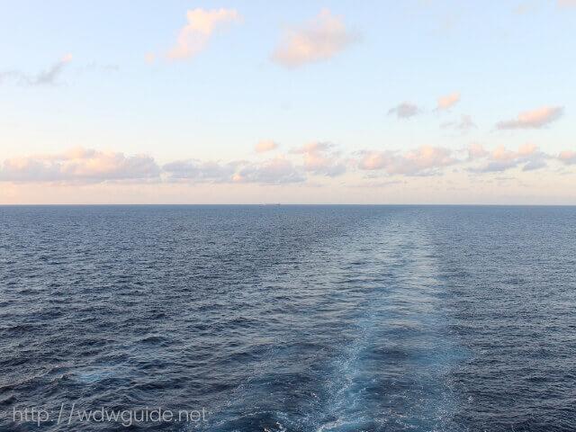 コーニングスダムから見た西カリブ海