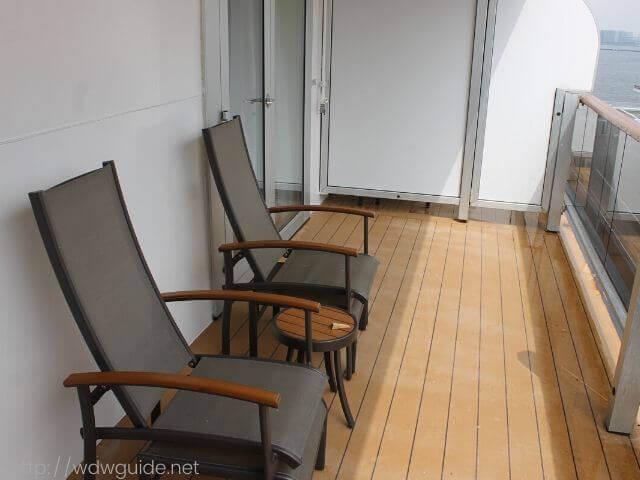 ホーランドアメリカラインのウエステルダムの客室のベランダ