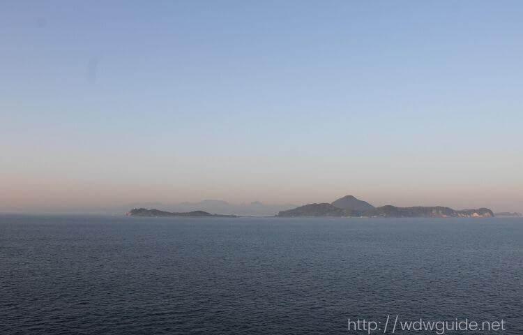 瀬戸内海を航行するフォーレンダム