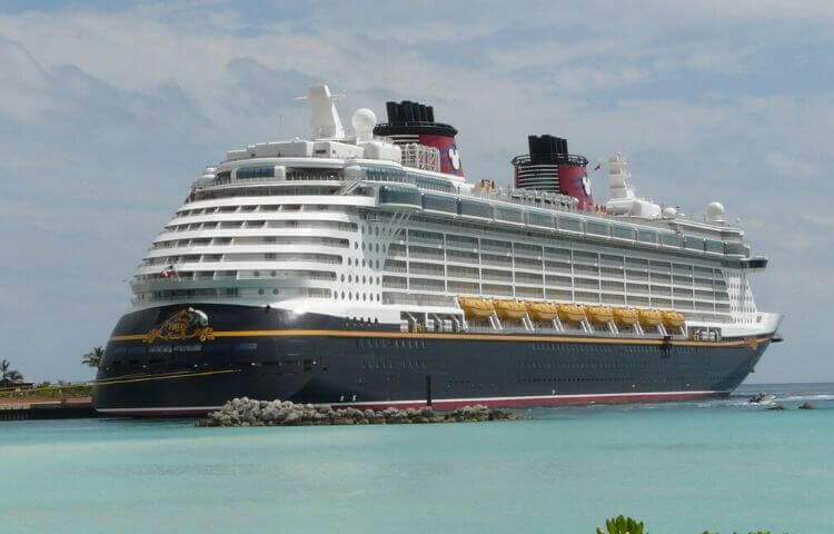 ディズニー ファンタジーで行く東カリブ海クルーズ 旅行記