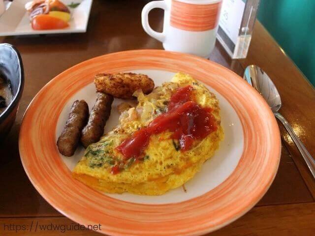 ザイデルダムのリドの朝食のオムレツ