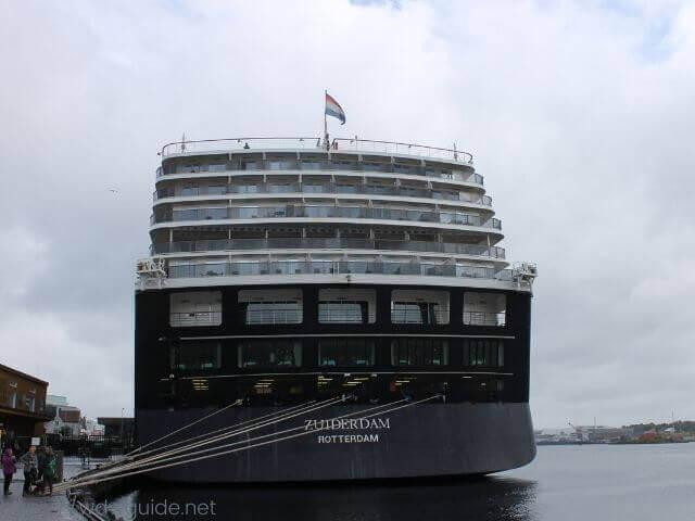 ノルウェー・スタヴァンゲルに停泊するザイデルダム