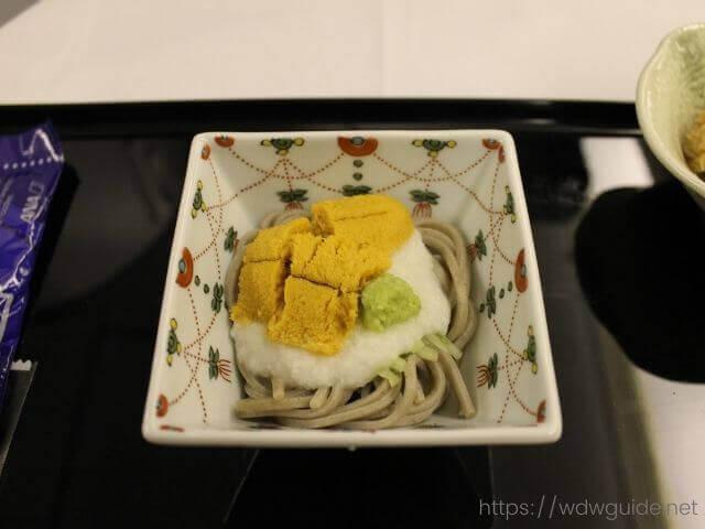 ANAビジネスクラスの和食の小鉢