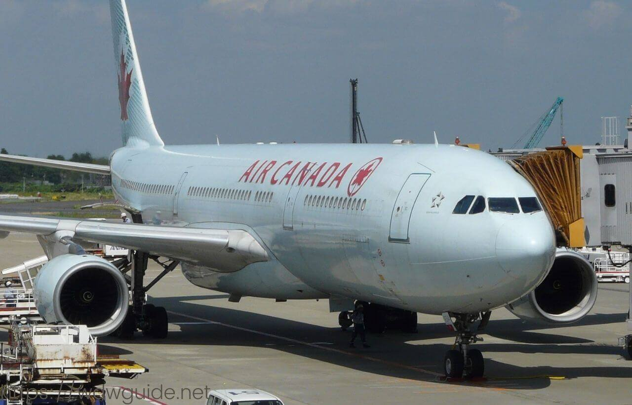 エアカナダ機体