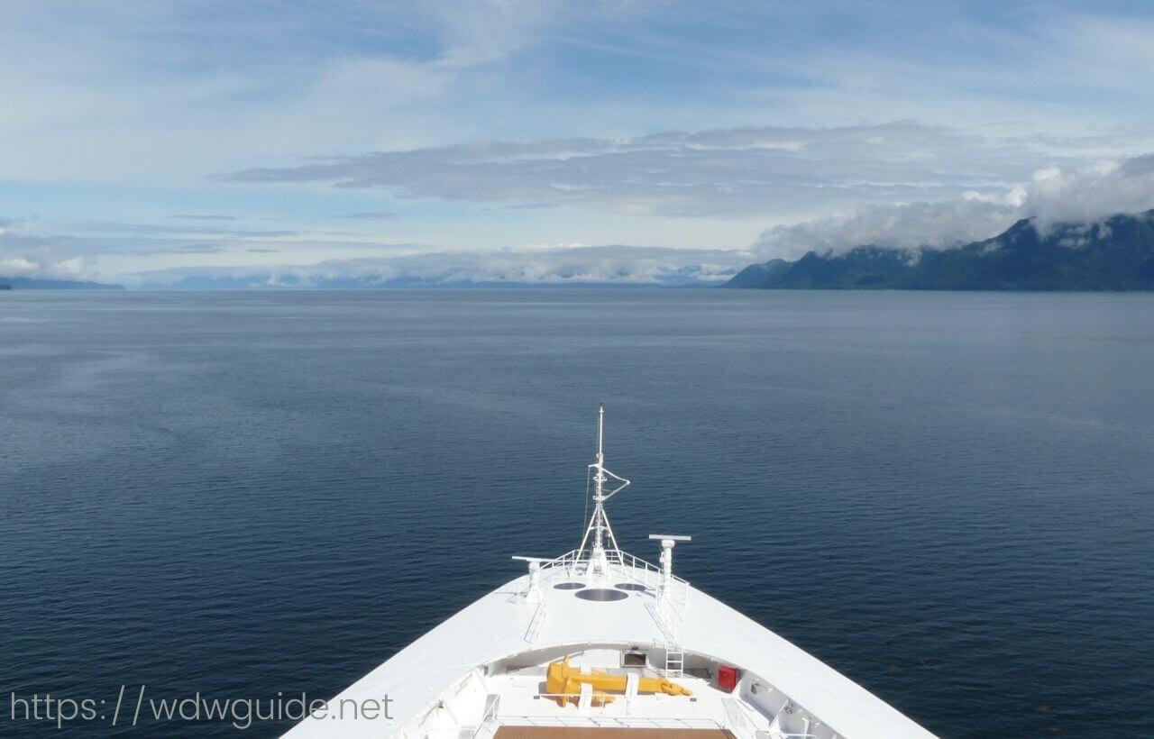アラスカを進むディズニーワンダー