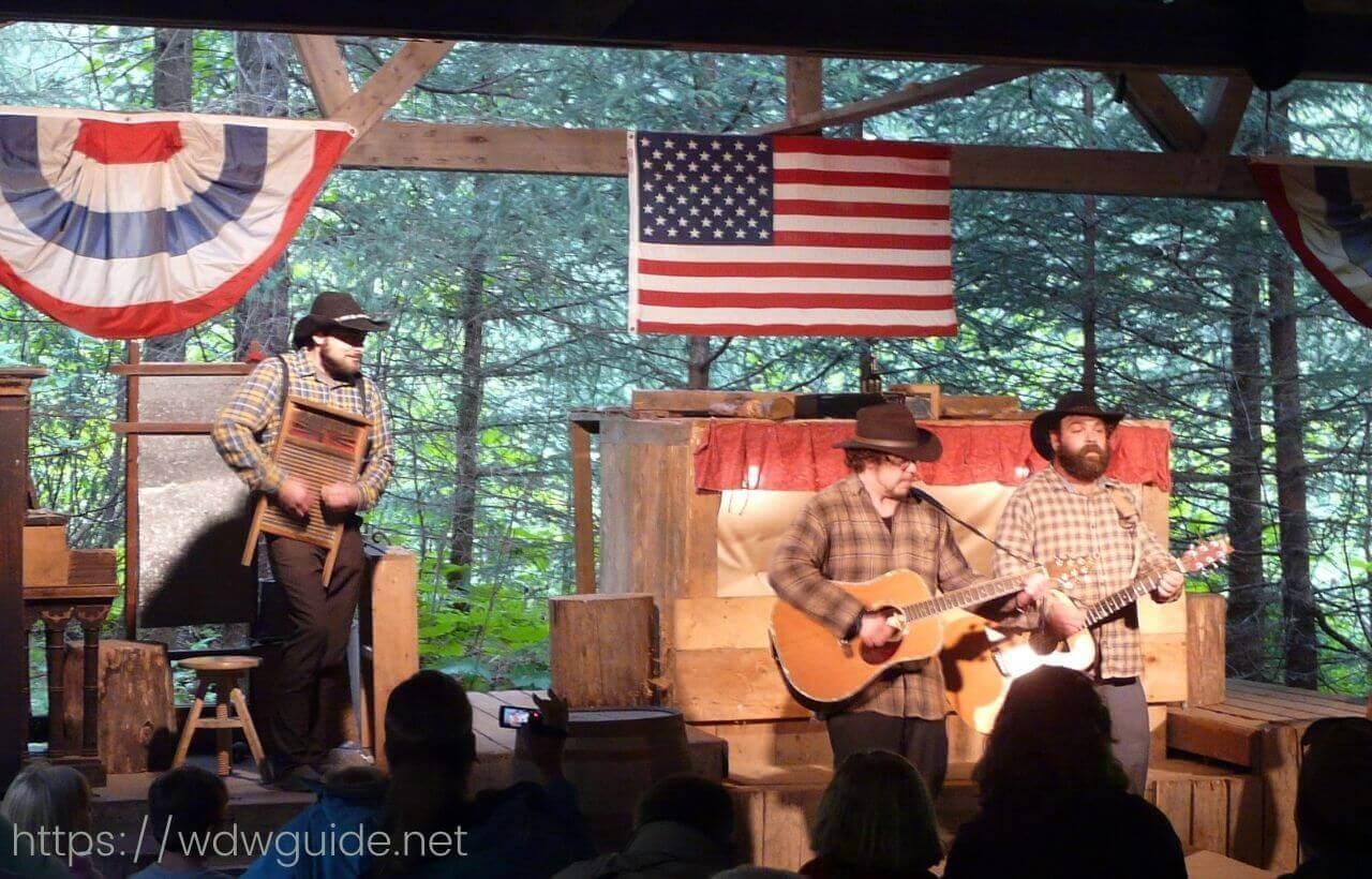 Lisarsville Gold Rush Trail Camp & Salmon Bake