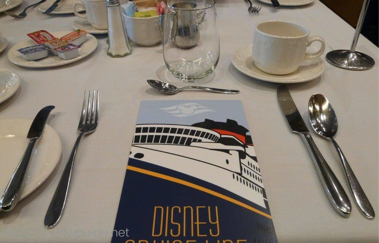 ディズニーワンダーのトリトンでの朝食
