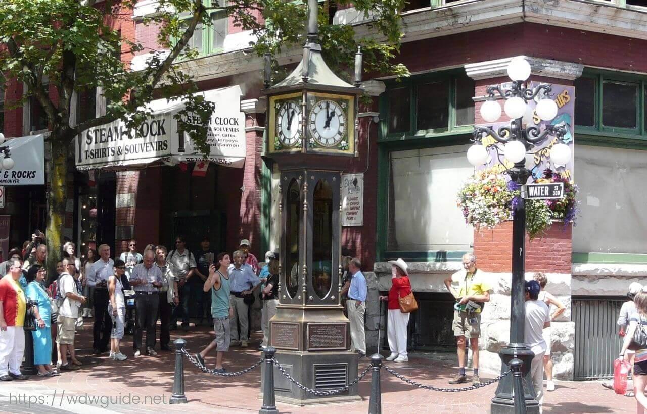 バンクーバーのガスタウンにある蒸気時計