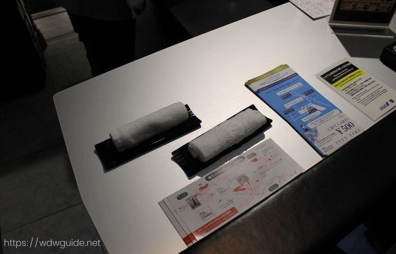 成田空港第一ターミナル ANAファーストクラス用Zカウンターでのチェックイン