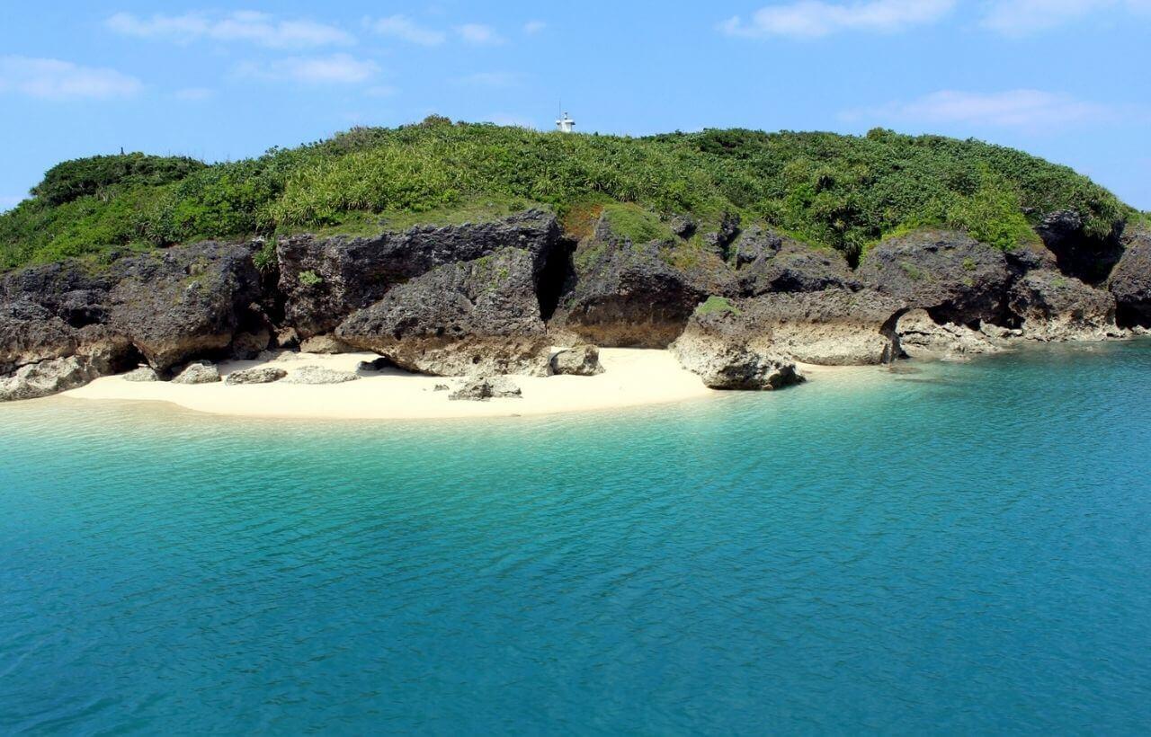 沖縄の久高島