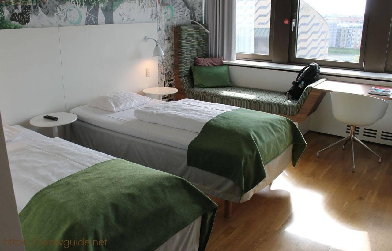 スカンディック コペンハーゲンの客室のベッド