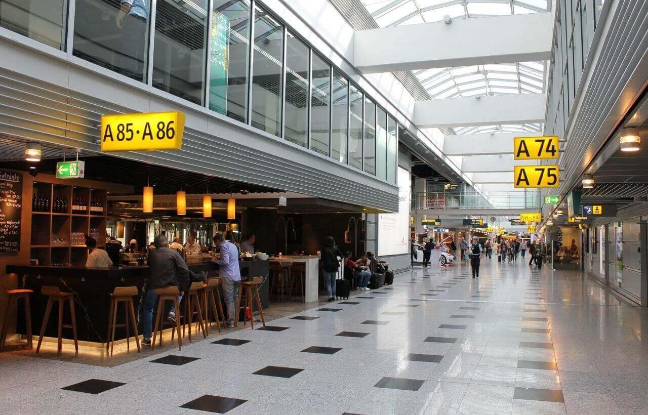 デュッセルドルフ空港のターミナル