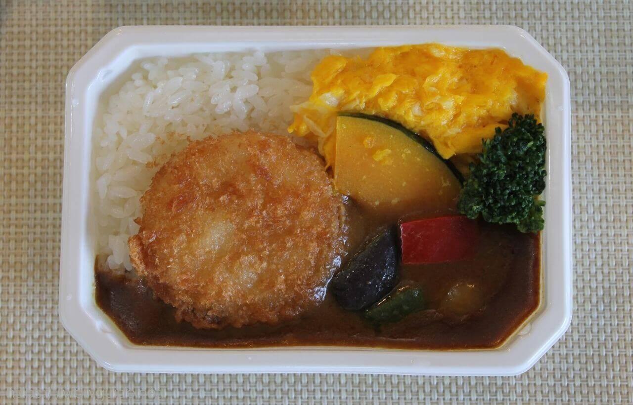 ANA国際線エコノミークラス機内食の大阪大黒ソースチキンカツカレー