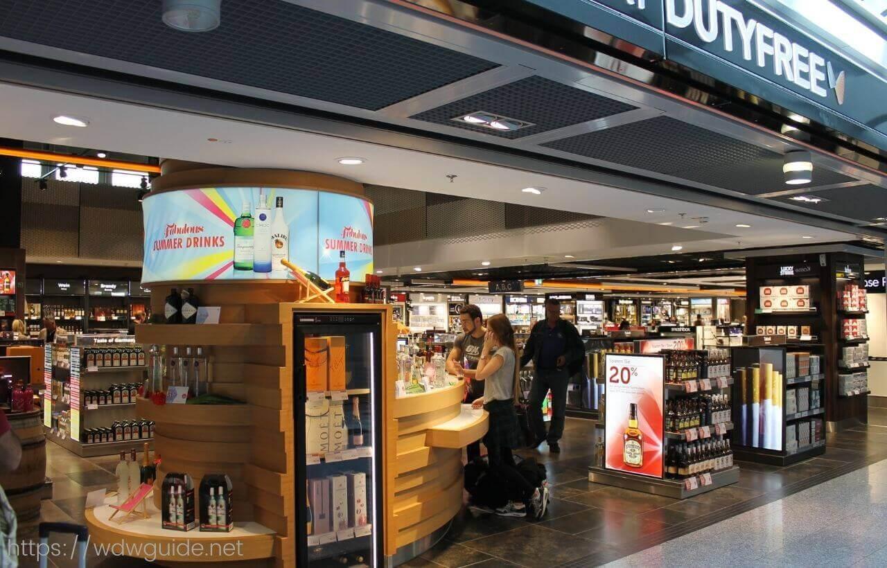 デュッセルドルフ空港内のショップ