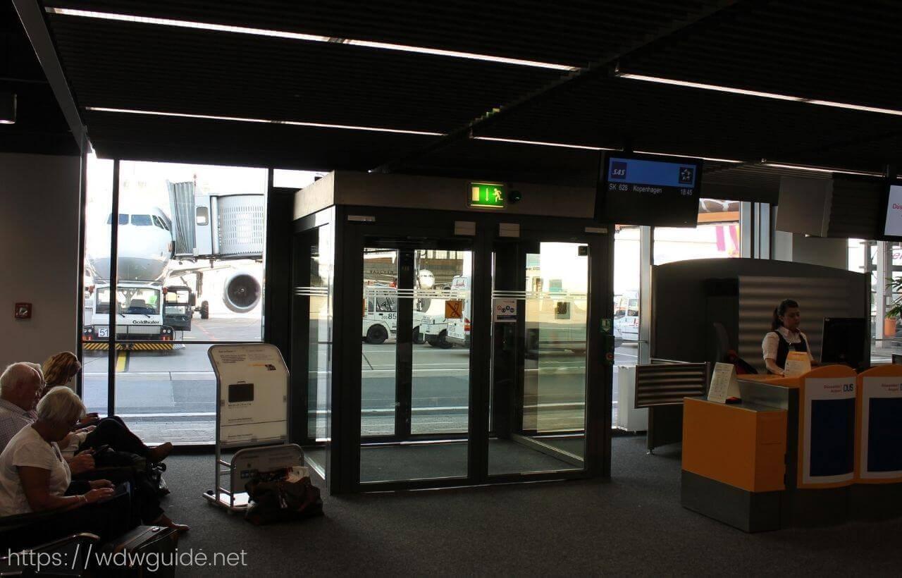 デュッセルドルフ空港の搭乗口