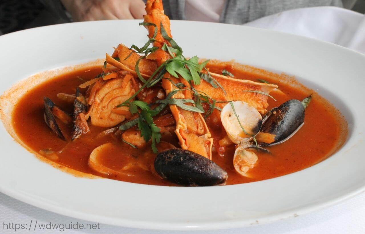 ピナクルグリルのシーフードシチュー(West Coast-Style Seafood Cioppino)