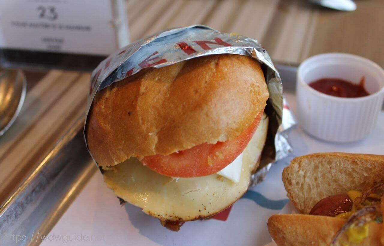 ダイブインのハンバーガーのTHE HIGH-DIVE