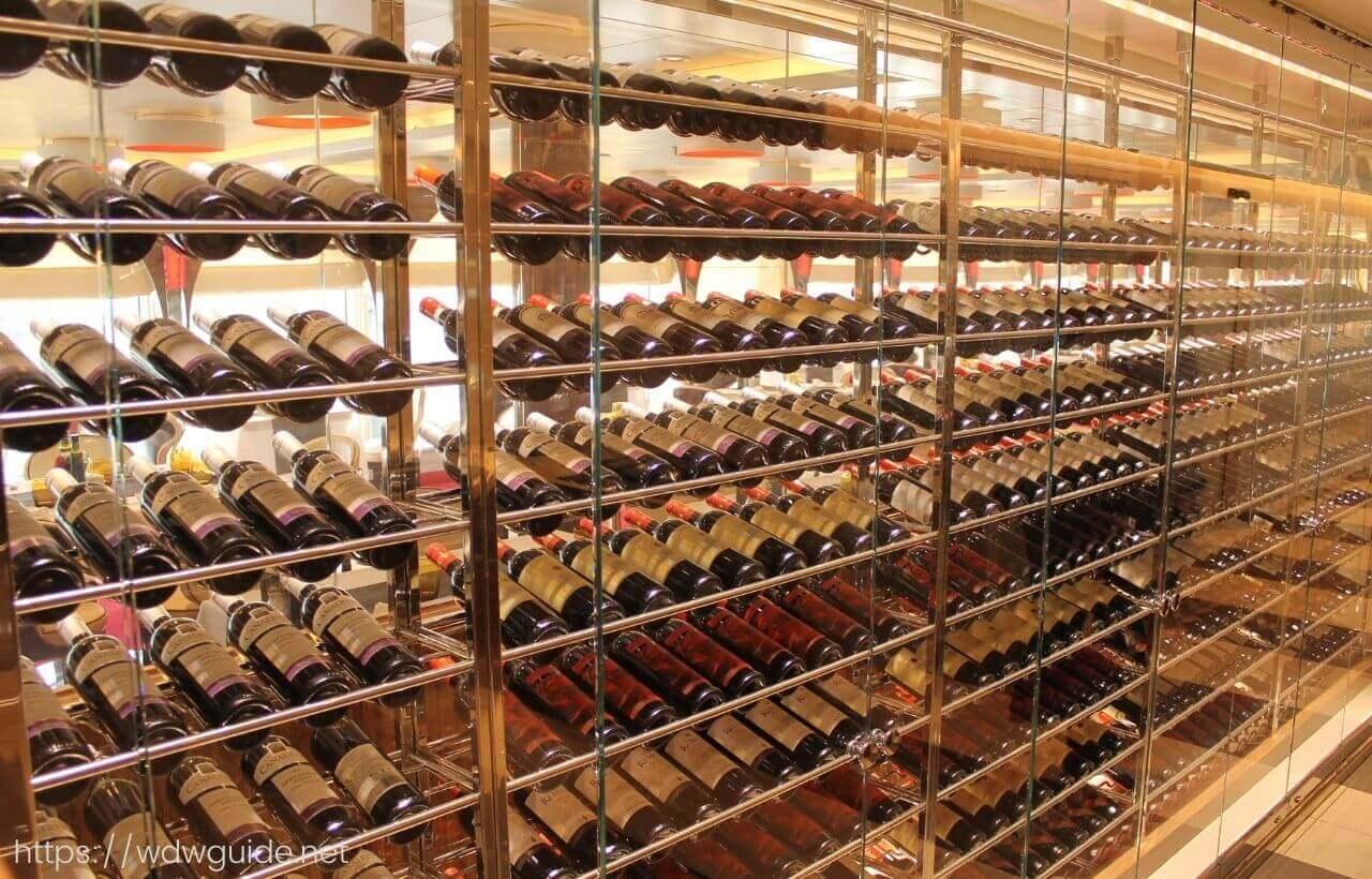 ホーランドアメリカラインのカナレットのワイン